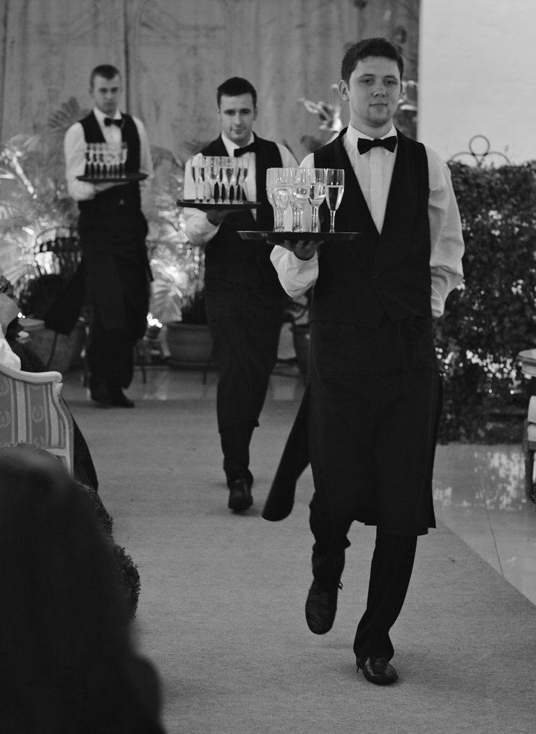 обслуговування весілля у ресторані