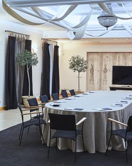 Organization of business meetings in Kiev of Vozdvyzhensky boutique hotel